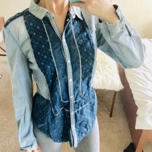 Anthro holding horses chambray button down top